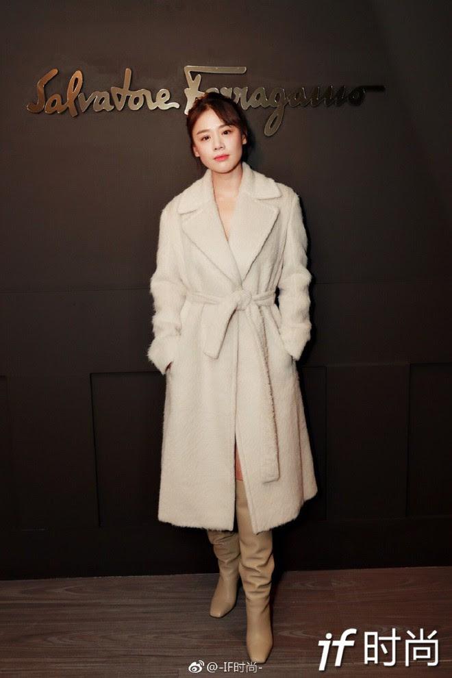 Sánh đôi cùng Huyn Bin tại hàng ghế đầu show thời trang, Mã Tư Thuần có phần nhạt nhòa kém sắc - Ảnh 5.