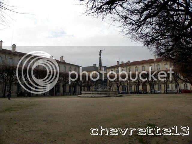 http://i1252.photobucket.com/albums/hh578/chevrette13/FRANCE/DSCN8024640x480_zpsbe54083f.jpg