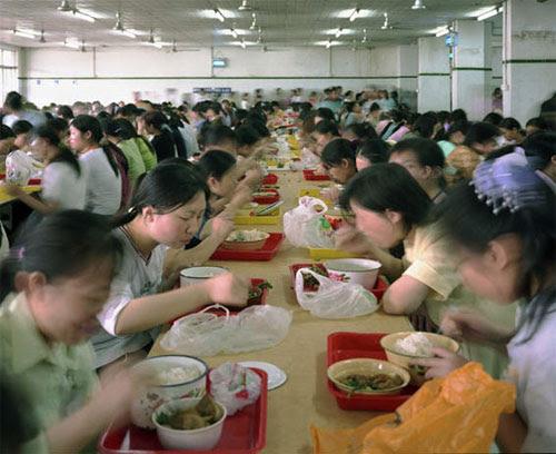 fabrica china trabajadores chinos mattel juguetes 21