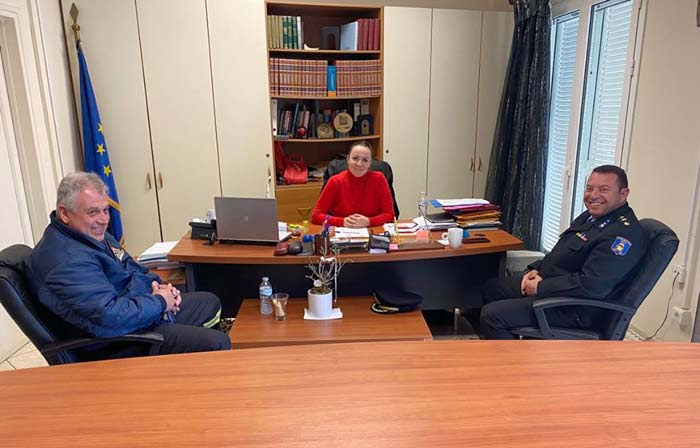 Άρτα: Συνάντηση Ρ. Βαβέτση με τον διοικητή Πυροσβεστικής Υπηρεσίας Άρτας