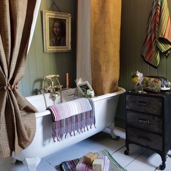 Country Bathroom Interiors