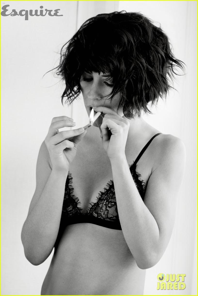 Fotos sexys de Evangeline Lilly Esquire Diciembre 2014