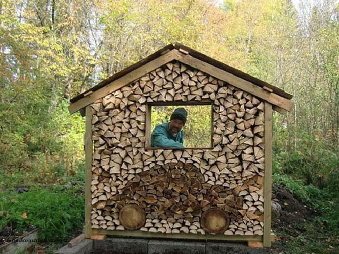 Τέχνη με στοίβες από ξύλα (2)