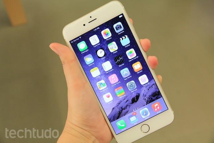 iPhone 6 Plus traz tela gigante, ideal para jogos  (Foto: Foto: Anna Kellen/TechTudo)