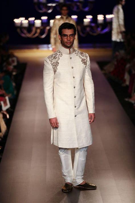 Sherwani by Manish Malhotra at ICW 2014   South Asian