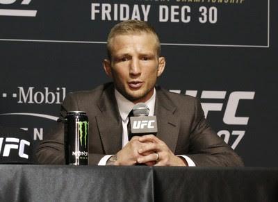 TJ Dillashaw; UFC 207; coletiva pós-luta (Foto: Evelyn Rodrigues)