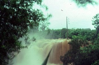 English: Flooding of ravine Blanche during hur...