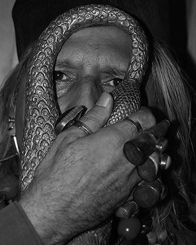Dam Madar Beda Par .. Ankhon Ki Roshni Dilon Ka Karar by firoze shakir photographerno1