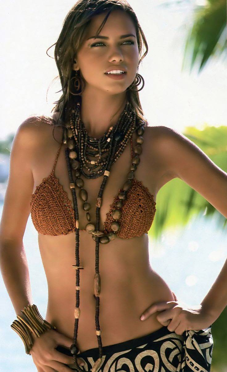 beach beauty, adriana lima