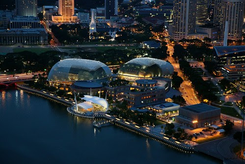 Esplanade from Skypark, Photo by Chris Yang by zannnielim