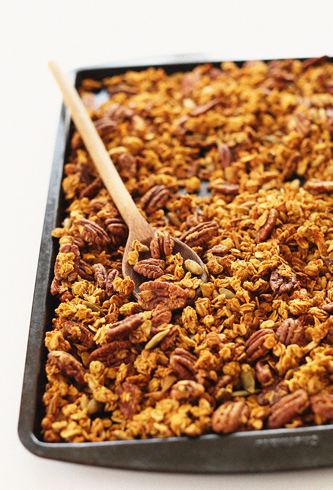 Healthy Pumpkin Granola | Minimalist Baker Recipes