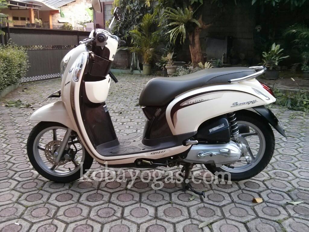DIY Pasang Bohlam LED Pada Honda Scoopy FI KobaYogasCOM Your