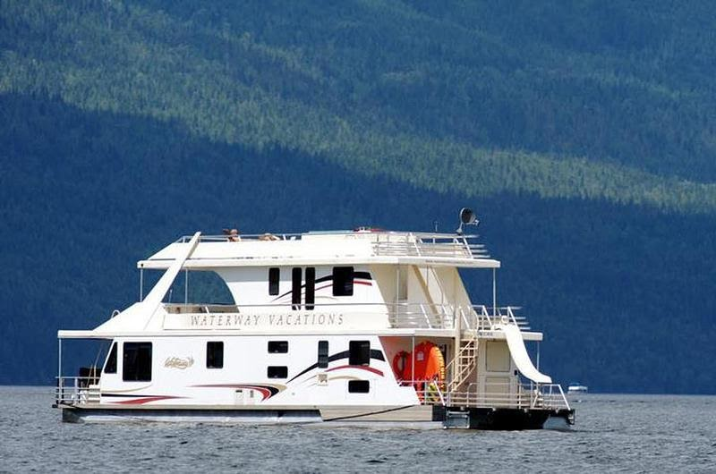 Plan houseboat vacation | Aiiz