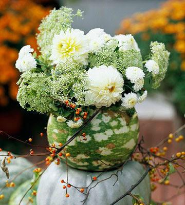 Green gourd vase