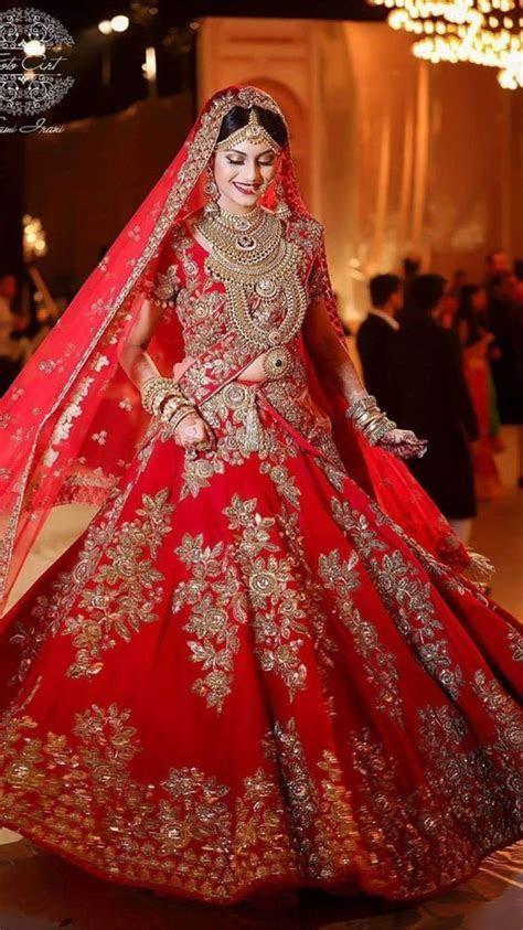 Latest Barat Dresses for Asian (Pakistani & Indian) Bridal