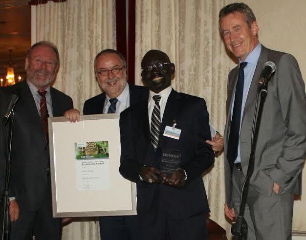 Le PDG de CERTEC-Matériel Médical élu meilleur distributeur de Siemens (Afrique et Moyen Orient) Un fils du Sénégal encore inscrit au tableau d'honneur au niveau international