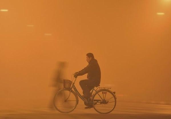Ρύπανση ρεκόρ στο Πεκίνο - Τρίτη ημέρα πορτοκαλί συναγερμού