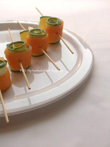 Involtini di melone, zucchine e provola