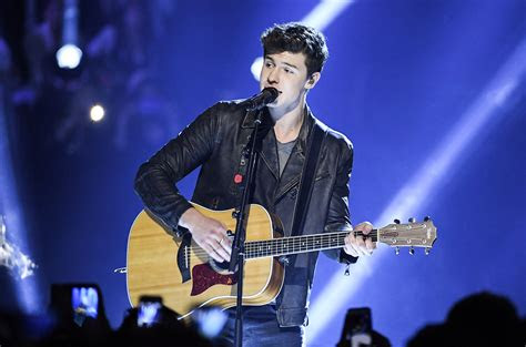 mtv ema performers  include dnce shawn mendes zara