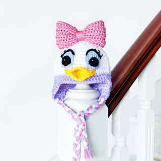 Daisy_duck_inspired_baby_hat_crochet_pattern_small_small2