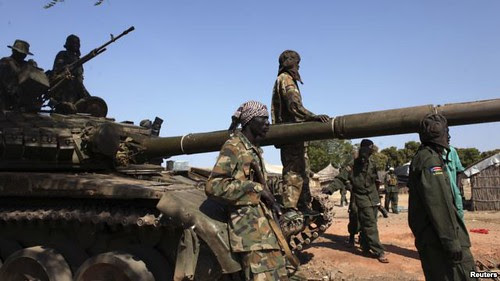 SPLA troops guarding Bentiu, Unity State. The area is a large oil-producing center in the Central African state. by Pan-African News Wire File Photos