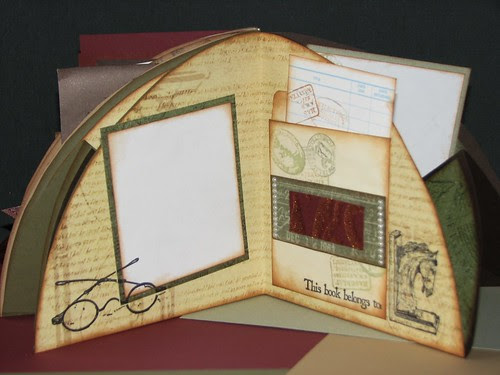Club Scrap Bookshelves Globe Book 019