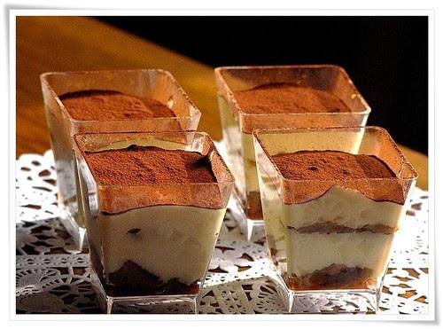 Tiramissu (an italian dessert)