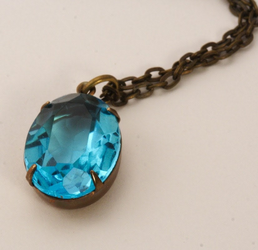 Vintage Glass Jewel Necklace - Blue Turquoise