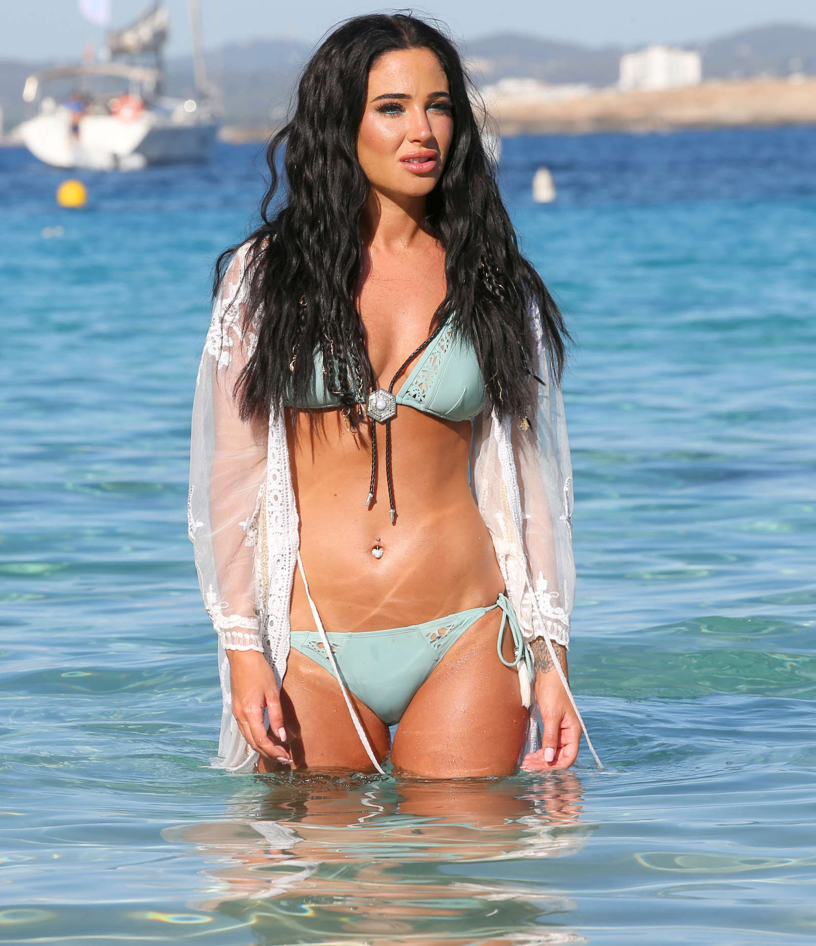 Tulisa Contostavlos – Filming Her New Video in Ibiza