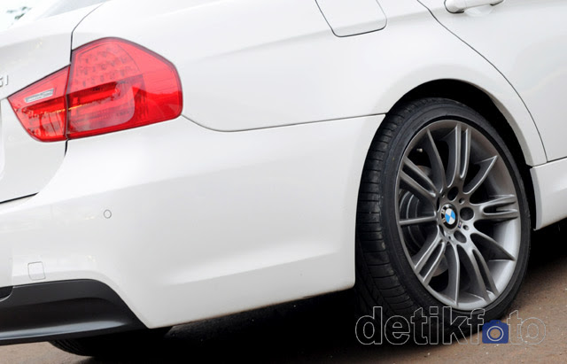 BMW 325i M Edition Nan Sporty