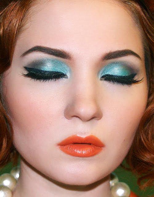 http://www.latestasianfashions.com/wp-content/uploads/2012/11/Party-makeup-fair-skin.jpg