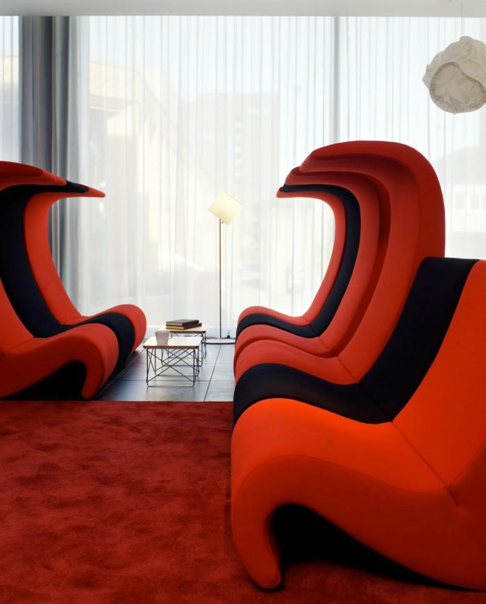 Rotes Sofa ins Innendesign einbeziehen - Inspirierende ...
