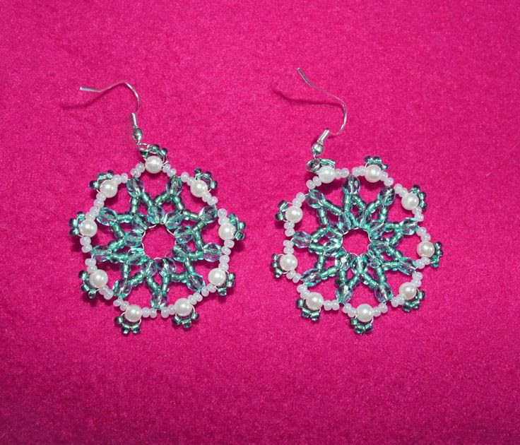 Free pattern for beaded earrings Antarctica | Beads Magic