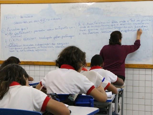 Governo do RN convoca 519 professores temporários