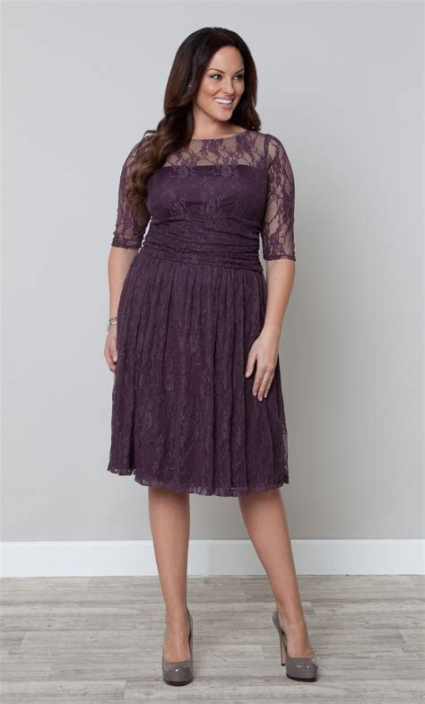 Love this beautiful shade of purple in the Plus Size Luna