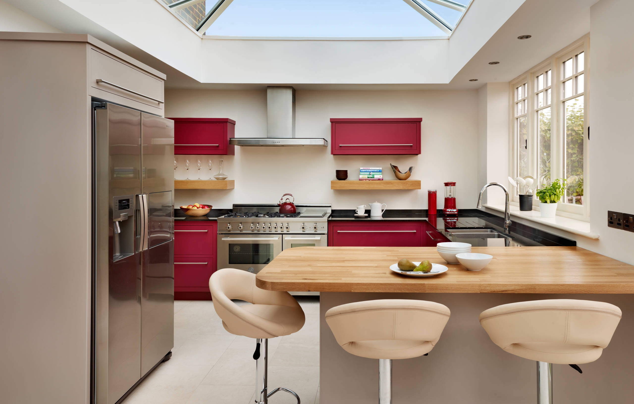100 Beautiful Kitchens To Inspire Your Kitchen Makeover - The M ...