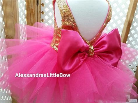 The Princess dress in hot pink and gold knee lenght
