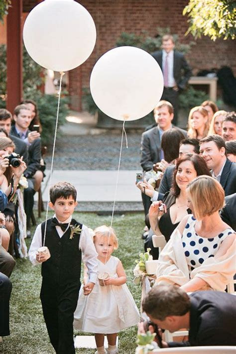 6 Ways to Include Balloons in Your Wedding Ceremony and