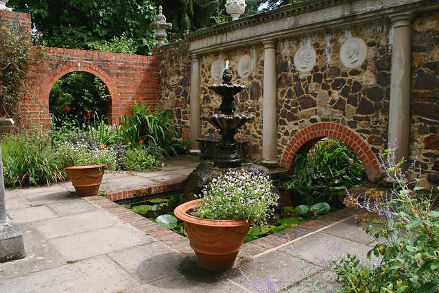 Great Comp (Italian style garden) | Flickr - Photo Sharing!
