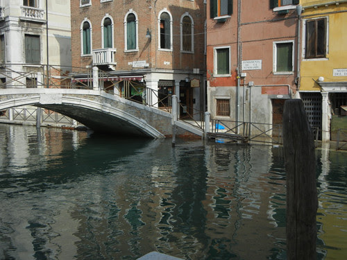 DSCN2015 _ Campo Santa Fosca, Venezia, 14 October