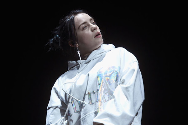 895852cce22 Google News - Billie Eilish performs at Coachella 2019 - Overview