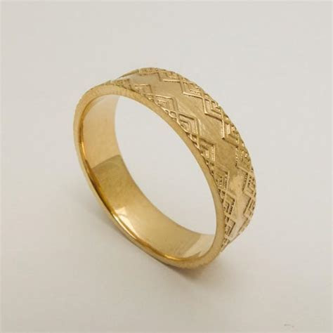 Men's Wedding Ring, 14 Karat Solid Gold Wedding Ring, Gold