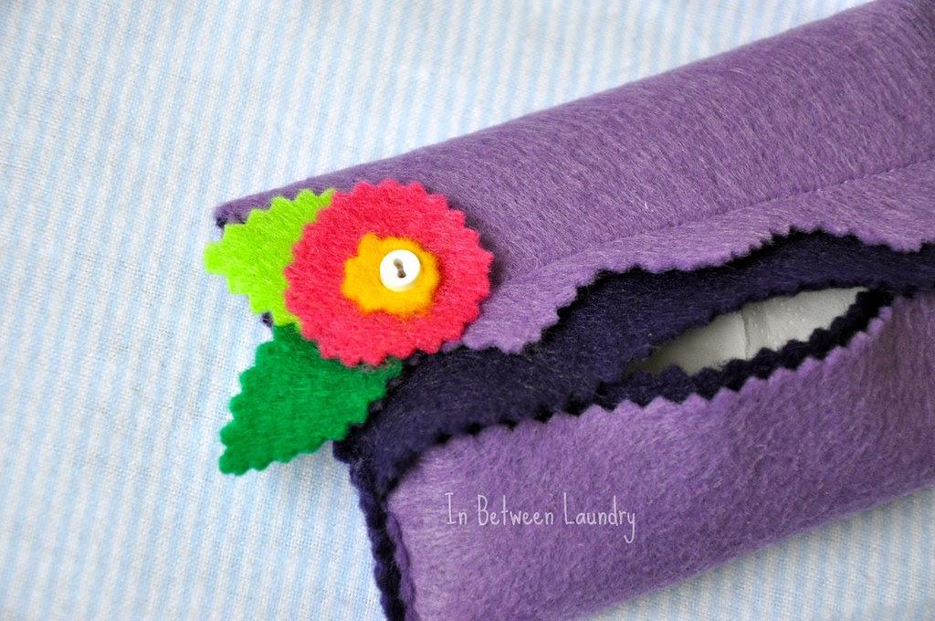 felt flower tissue holder