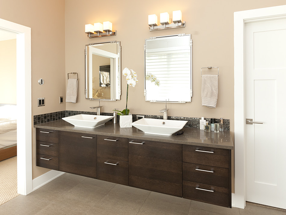 Product Details: Contemporary Master Bathroom | Aura Cabinetry ...