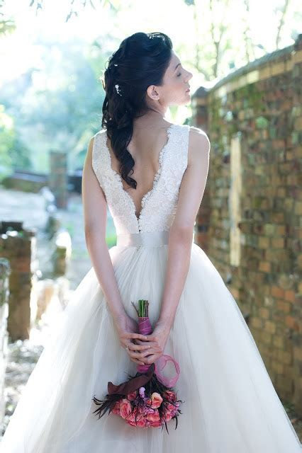 bridal gowns   thepapersack