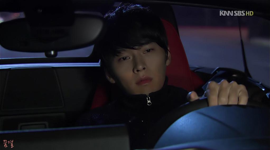 탑급 연예인이지만 생각보다 엄청 평범하게 생긴 배우.jpg | 인스티즈