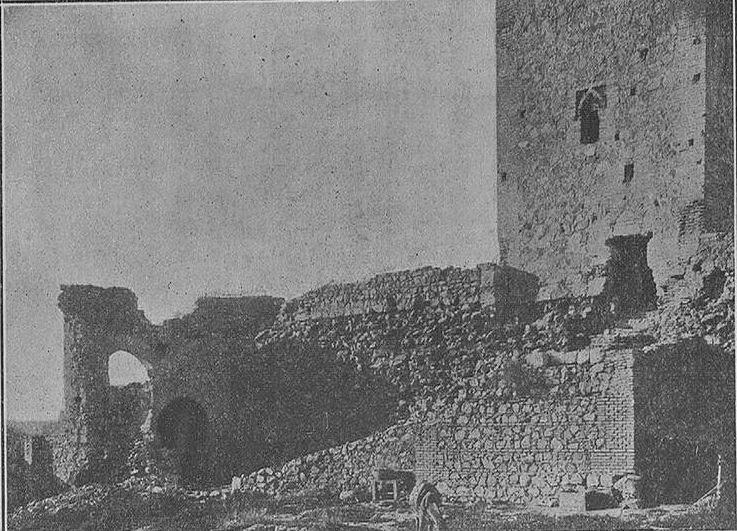 Interior del Castillo de San Servando, lado occidental del lienzo Norte. Finales del XIX o inicios del XX