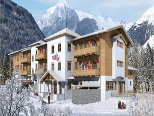 Price Avenida Mountain Resort by Alpin Rentals