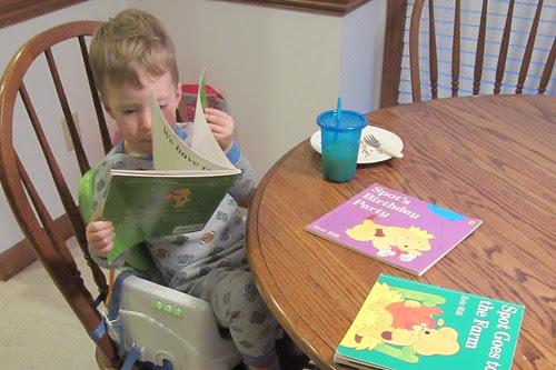 reading at breakfast