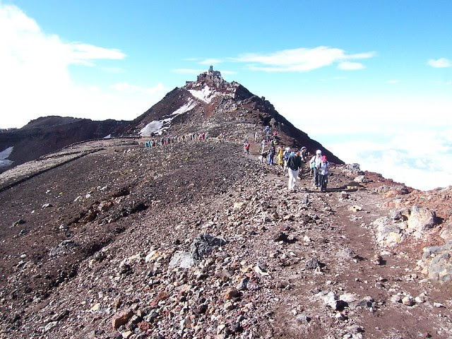 富士山お鉢めぐり(富士山登山2009) Climbing Mt.Fuji